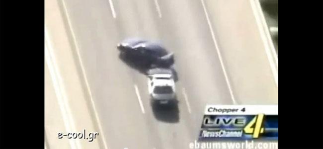 Απίστευτος οδηγός που καταδιώκεται από την αστυνομία!
